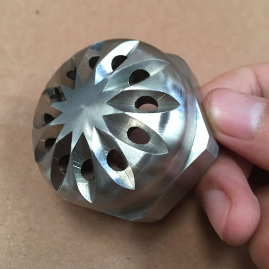 Small Droplet Size Dense Fog Nozzle with Multiple Flat Fan Patterns